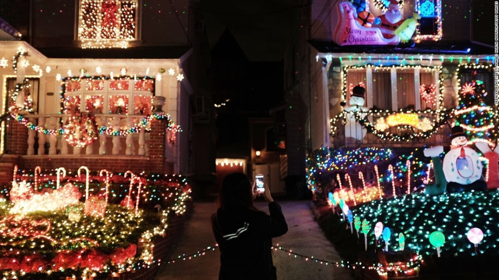 Georgia featured in cnns list of christmas lights around the world geotv mozeypictures Image collections