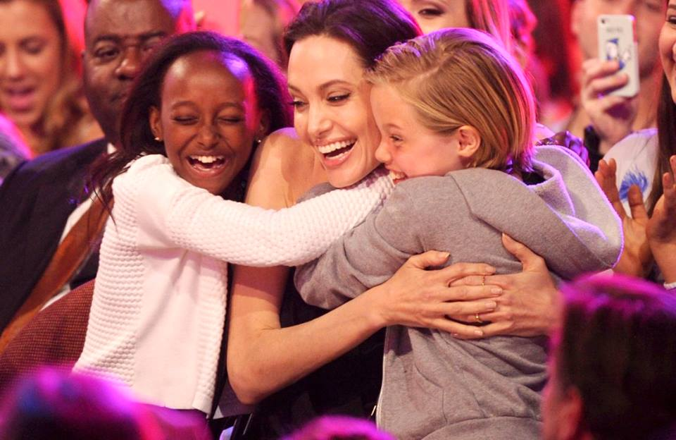 Best Mom Ever - Angelina Jolie takes her children to the