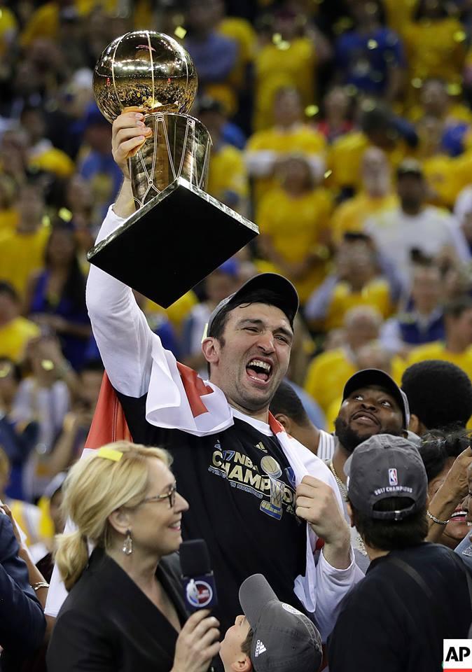 fd5b86982 Zaza Pachulia s Golden State Warriors win the NBA Championship ...