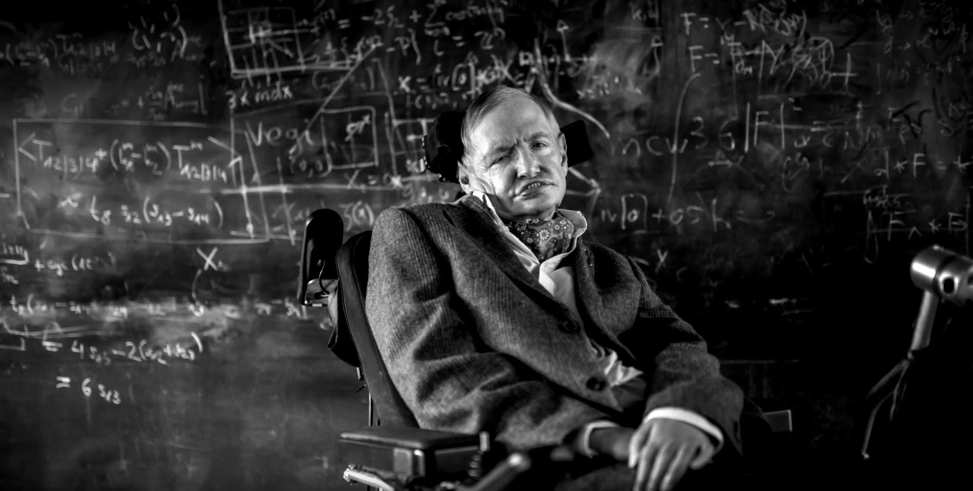 a short biography of stephen hawking Stephen hawking fact 1: stephen hawking was born in oxford, england on january 8, 1942, exactly 300 years following the death of the famous scientist, galileo galilei stephen hawking fact 2: he is a theoretical physicist, specializing in the fields of general relativity and quantum gravity.