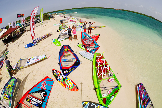 5 Facts You Need to Know about the Windsurfing - GeorgianJournal